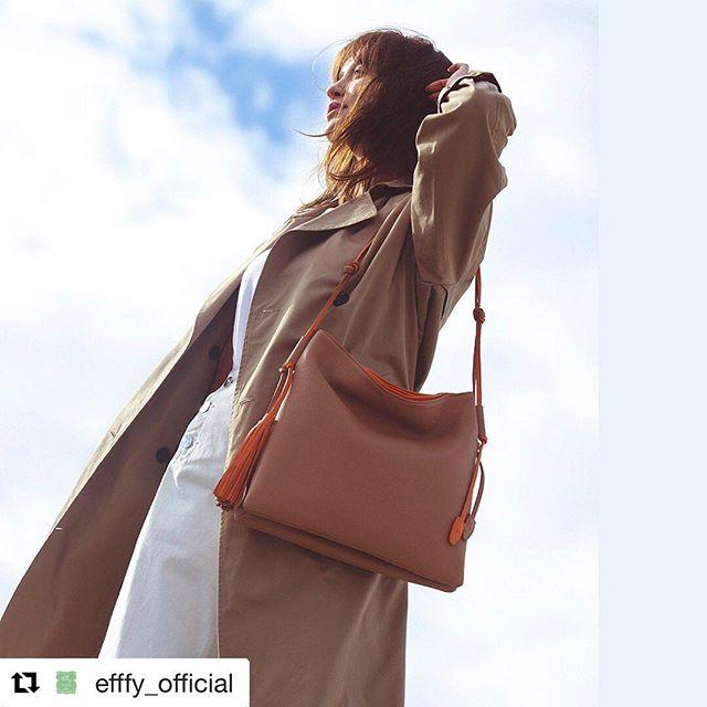 #Repost @efffy_official with @get_repost・・・. [efffy official]2020 Spring&Summer NEW COLLECTIONどこまでもやさしいバッグ。ふかふかの日本製シュリンク牛革のバッグ。とてもやわらかだから持ちやすくてストレスフリー。シンプルなフォルムに結んだカラーコンビの細めのショルダー&タッセルがデザインポイント。#efffy#エフィー#革小物#革トート#ItalianMaterial#カラフル小物#ITALY製シュリンク牛革#春夏新作バッグ#春夏コーデ#春夏大人バッグ#春夏トートバッグ#コンビカラーバッグ#バイカラーリュック#オトナのリュック#フリンジバッグ#ショルダーバッグ#ハンドバッグ#タウンボストン