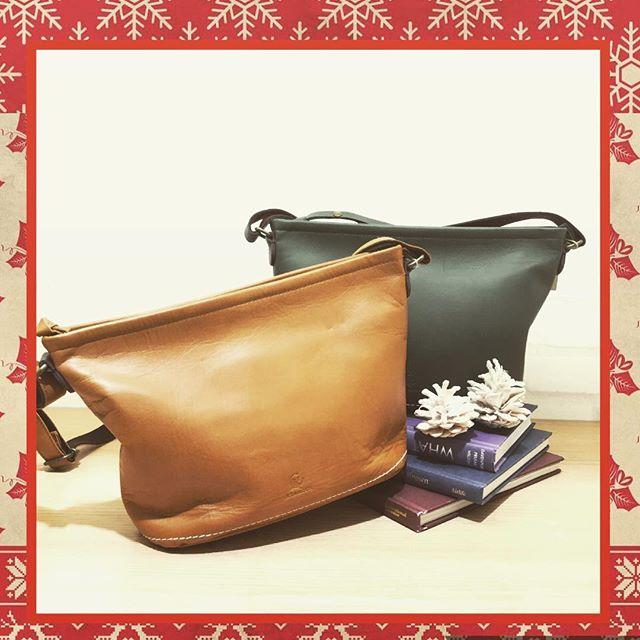 【革バッグ 革財布 kissora】#kissora 新作バッグのご紹介です!人気のホースタンニンにショルダーバッグが出来ました小ぶりなサイズですが使いやすさはバツグン馬革なのでとっても軽いのもポイント☆プレゼントにもオススメですぜひお手に取ってご覧ください(*´◒`*),,ショルダーバッグ(KIYI-004) ¥16000+tax,,#efffyscloset #kissora #町田 #町田東急ツインズ #東急ツインズ #kurukuru町田 #革 #革バッグ #ショルダーバッグ #馬 #馬革 #軽い #日本製 #プレゼント #オススメ