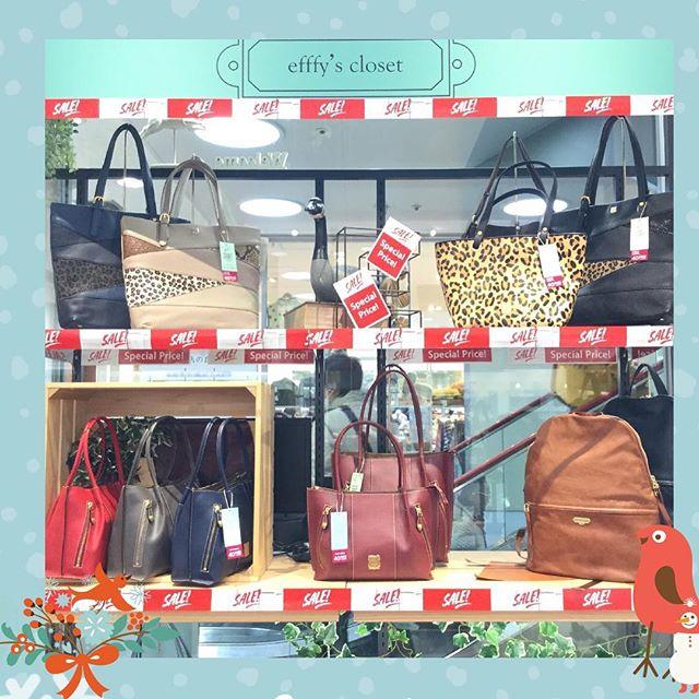 【革バッグ 革財布 efffy kissora】クリスマスも終わり、今年もあと少しとなりましたefffy's closetではひと足早く、プレセールを行なっております!efffyやkissoraの素敵なバッグが、現在20%〜40%OFF!もちろんセールはこれからが本番ですが、今しかない商品も多数ございますので、ぜひ一度お越しください♪お待ちしております,,#efffyscloset #efffy #kissora #町田 #東急ツインズ #町田東急ツインズ #kurukuru町田 #革 #革小物 #革バッグ #革財布 #年末 #プレセール #セール #お買い得 #オススメ #かわいい #日本製