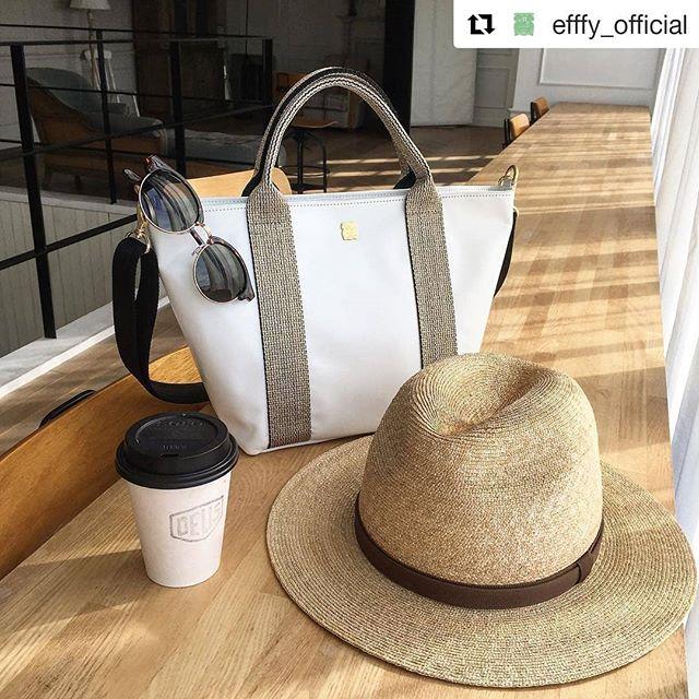 #Repost @efffy_official (@get_repost)・・・革バッグ 革財布 efffy SSシーズン商品のご紹介です。イタリア製のラメ入りテープをハンドルに用いたシンプルなデザインのトートバッグ。使用したゴートワックスレザーはとても軽くて持ちやすく、付属のストラップを取り付けてショルダーバッグとして2WAYで使用できとても便利です。夏のオフィス&デイリーコーデに幅広く活躍します!no_TS1-29 color_WH ¥16,800(+tax)www.efffy.comefffy coredo muromachiefffy nagoyaefffy's closet chofu efffy's closet machidaefffy's closet yokohama efffy's closet tokorozawaefffy's closet saitama shintoshin efffy's closet takasaki efffy's closet nishinomiya#efffy#efffys_closet_official#madeinjapan#handbag#leatherbag#leather#sacsbar#gransacs#sacsbarjean#日本製#革#革バッグ#トートバック#ネイビー#ホワイト#ゴールド#ママコーデ#夏コーデ#オフィスコーデ#カジュアルコーデ#エレガント#サングラス#カフェ#エフィー#サックスバー#グランサックス#サックスバージーン#かわいい#お洒落さんと繋がりたい